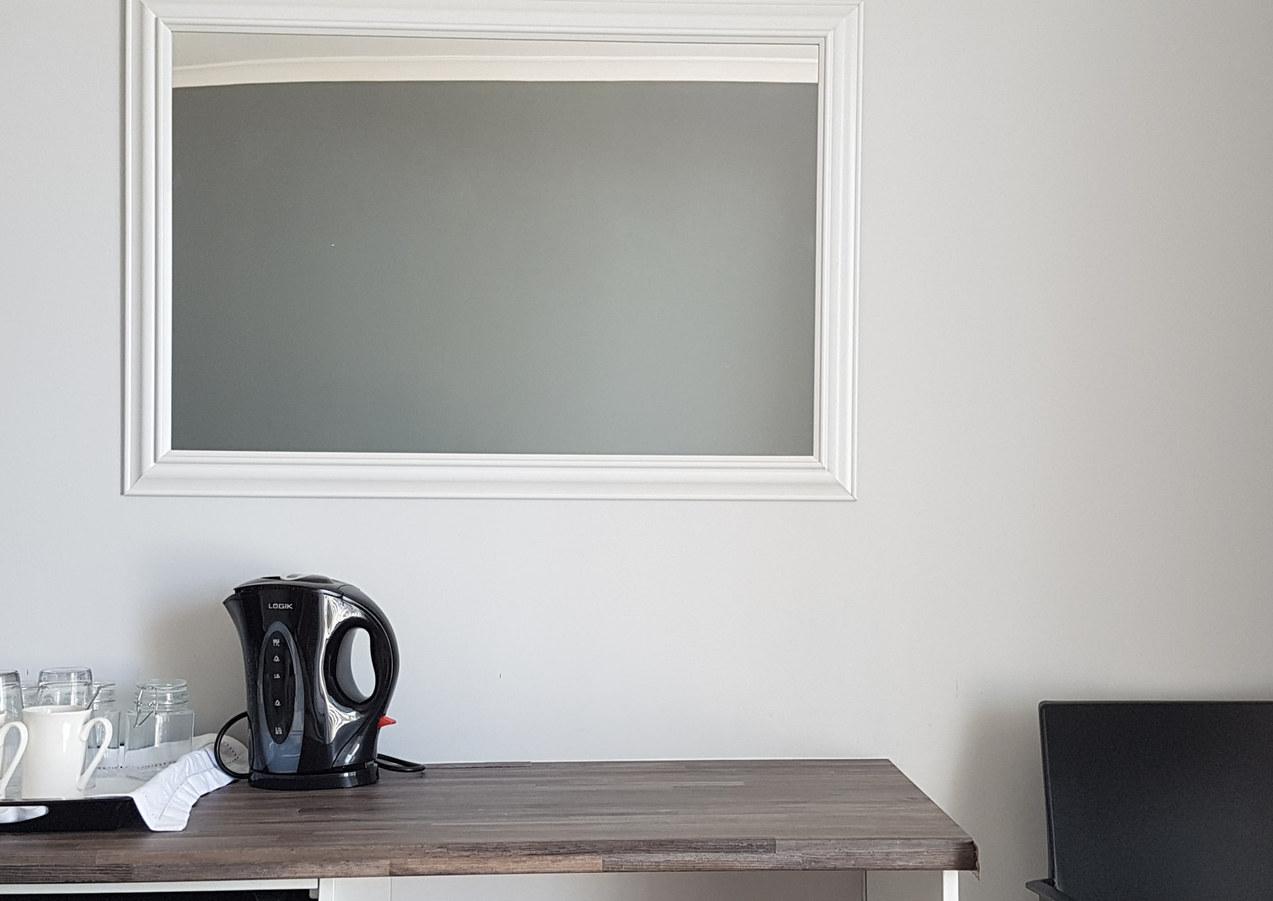 Room 11d.jpg