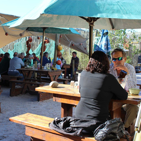 freshline-fisheries-fish-restaurant-knsyna-outdoor-dining-6.jpg