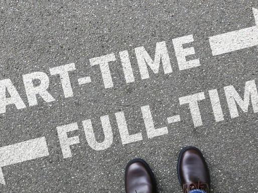 Mencari Karyawan untuk Bisnis Anda; Kenali perbedaan Pekerja Paruh Waktu dan Pekerja Harian Lepas.