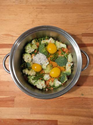 Doggy dahl with broccoli & eggs.jpg