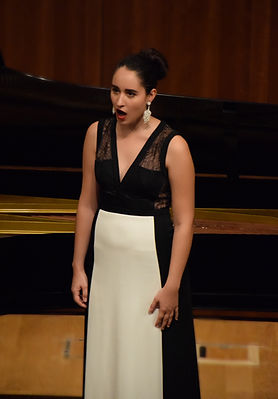 Julie Prola - Soprano