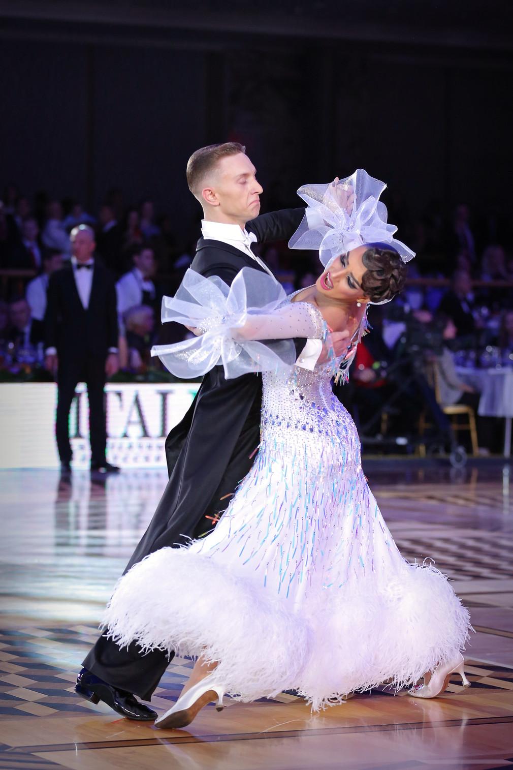Звезды ЧМ по европейским танцам блеснули в Кремле