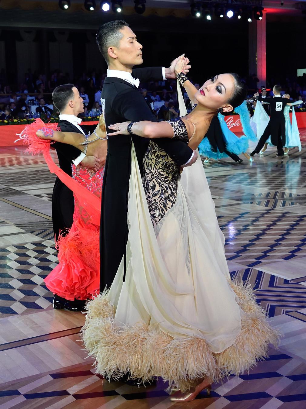 Японцам понравилось танцевать под русскую музыку