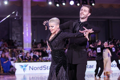 Виталий Матусяк и Анастасия Крюкова American Smooth, фото Алексей Исмагилов