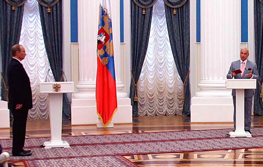 Президент России В.В. Путин и С.Г Попов, 2007