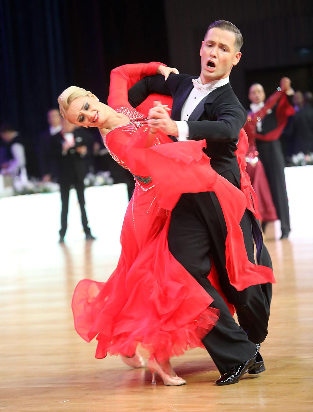 Дмитрий Накостенко и Алина Ощепкова, Россия