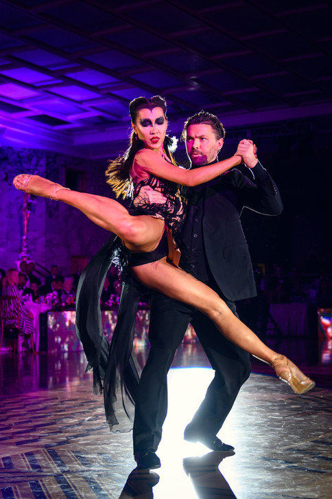 Дмитрий Васин и Сагдиана, аргентинское танго, фото Светозар Андреев