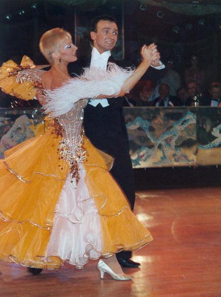 Станислав и Людмила Поповы - финалисты Кубка мира, 10 танцев, Мюнхен, 1985.