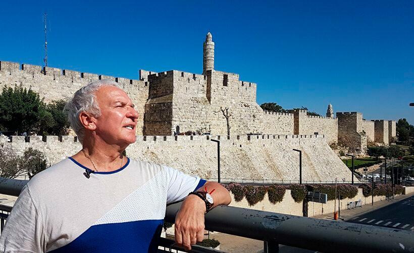 В Иерусалиме у Стены Плача.