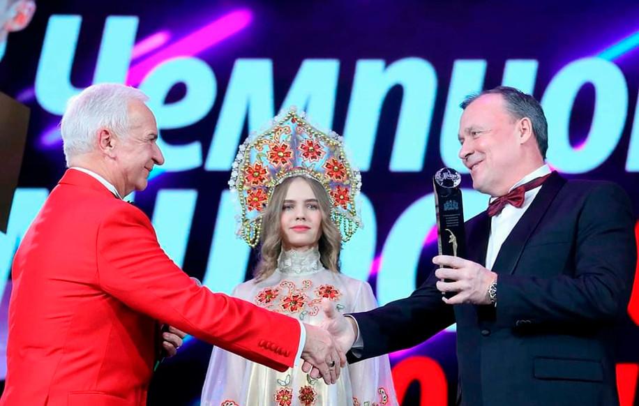 С Вице-губернатором Свердловской области Алексеем Орловым.