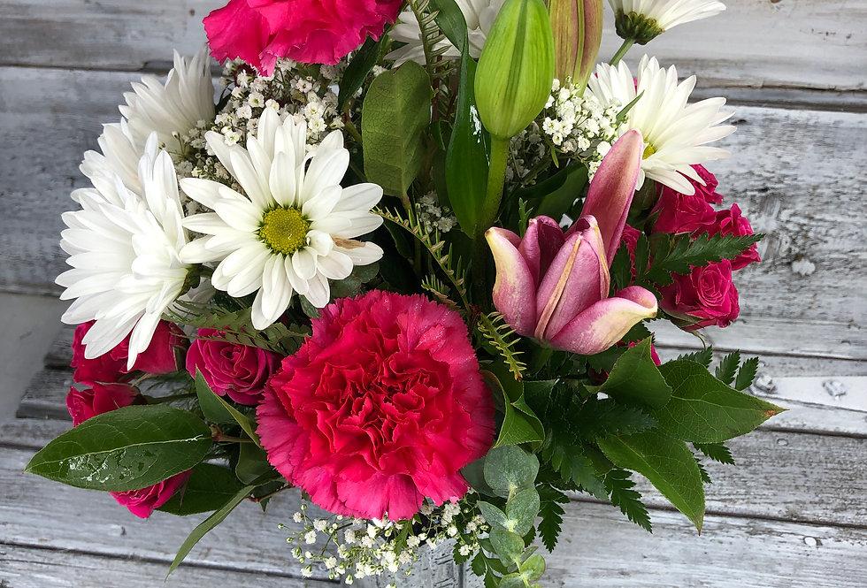 Designer's Choice - Standard Bouquet