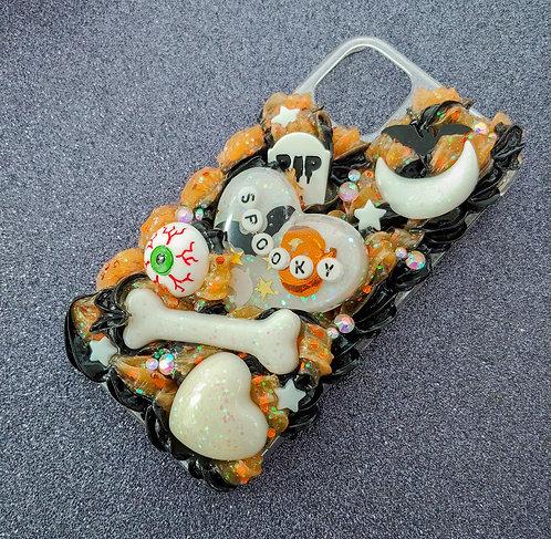 iPhone 11 : Spooky Orange