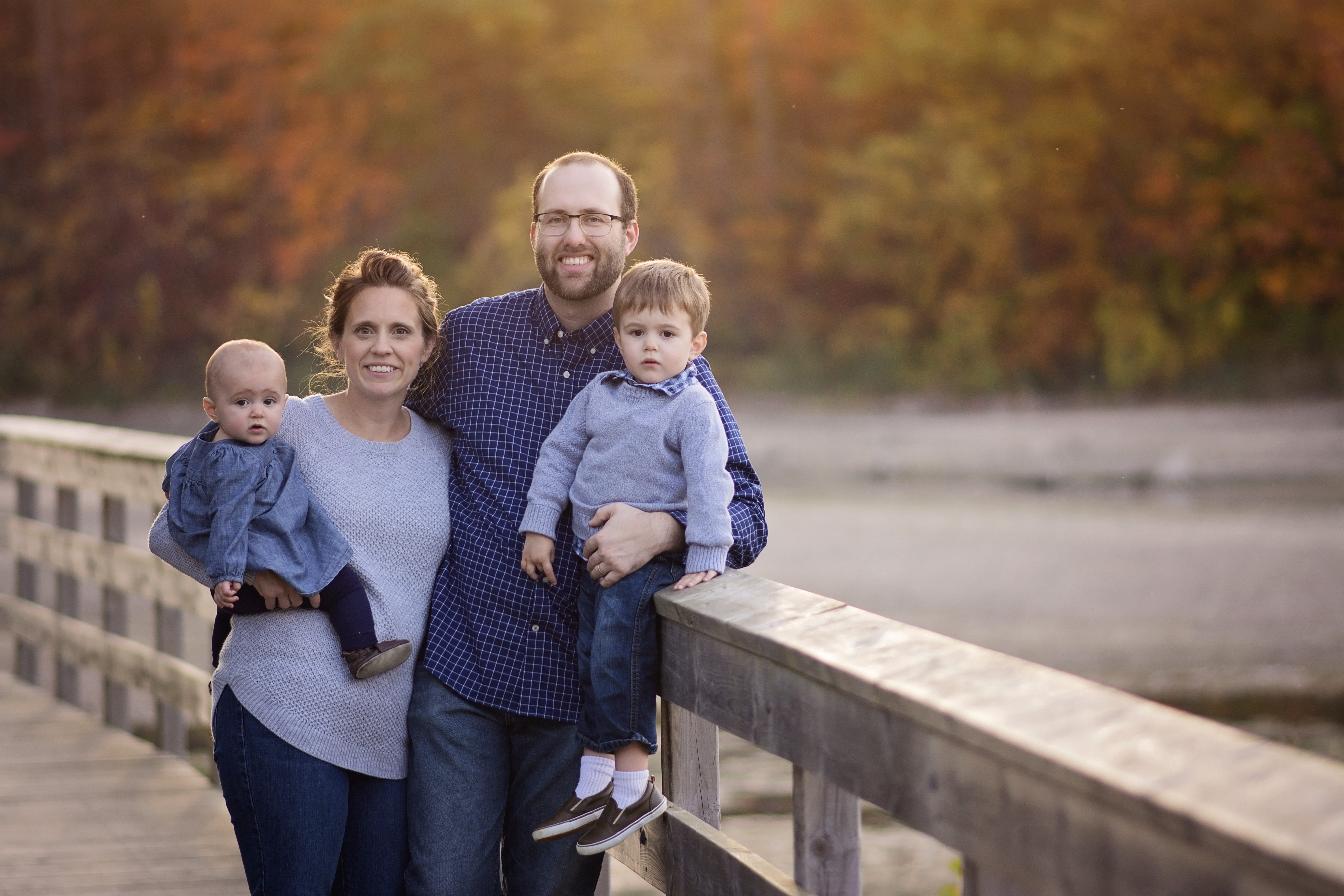 family fall session in milton