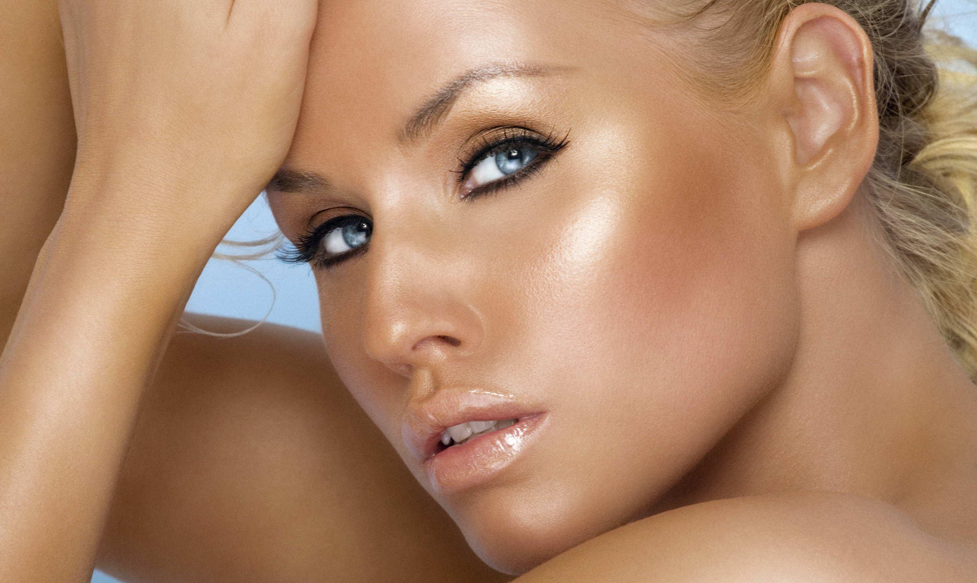 beauty and tanning salon _edited.jpg
