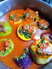 ירקות ממולאים בחומוס ותרד