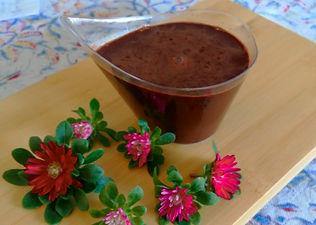 מוס שוקולד מריר עם סיבי קונג'אק