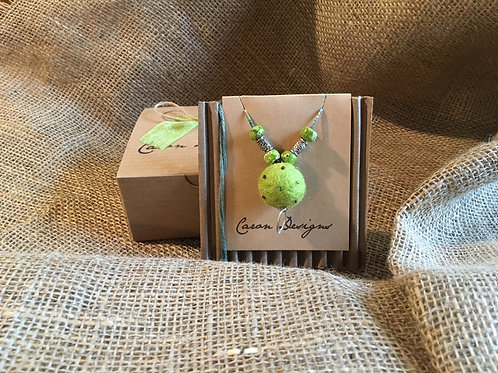 Leaf Green Aromatherapy Necklace