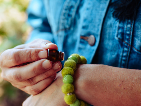 A Beginner's Guide to Aromatherapy Jewelry
