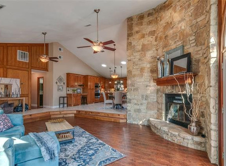 1646 Tree House Lane  Keller, Texas Home Staging with Staged 360
