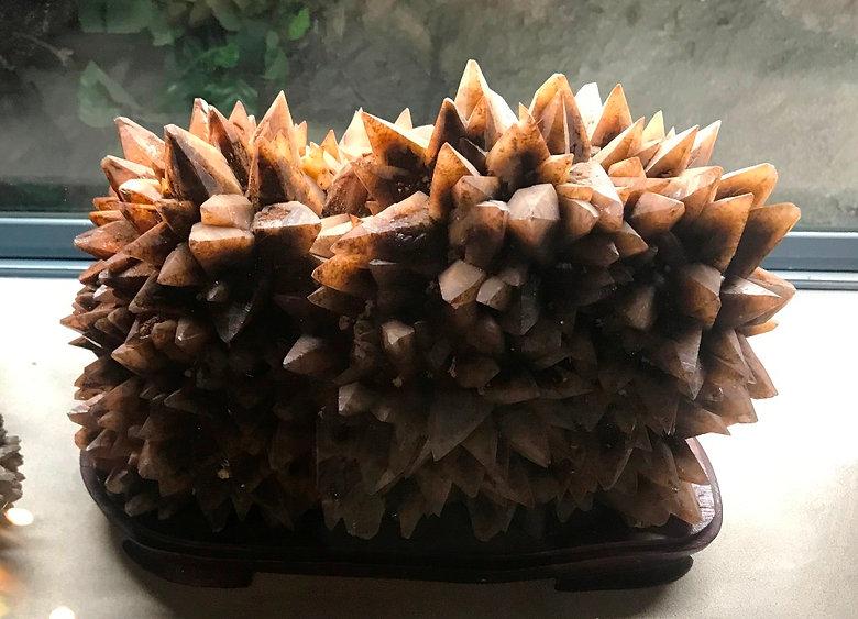 Hedgehog-like calcite.jpg