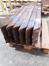 לוחות עץ לגדר חתוך למידה , גדר עץ להרכבה עצמית , עמודים לגדר מעץ במחסן עצים עץ מרקט ניתן לקנות עצים לגדר להרכבה עצמית בכל גוון חתוך למידה להרכבה עצמית