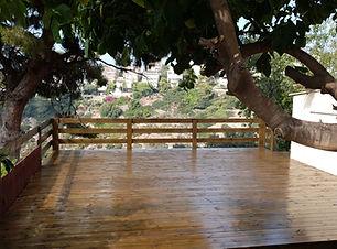 מחסן עצים לדק חיפה