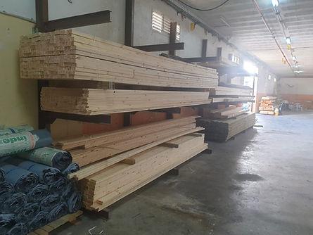 מחסן עצים עץ מרקט מחסן למכירת עצים ורעפים בכל איזור חיפה והצפון משלוחים גם לאזור המרכז מחסן עצים עץ מרקט עץ חתוך לפי מידה