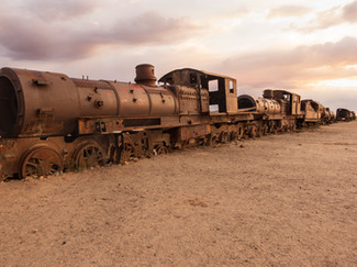 Salar_Uyuni_Train_Cemetary_Sunset-51.jpg