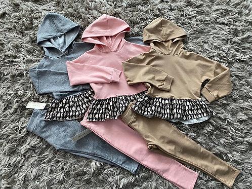 Girls hooded lounge sets camel/pink/grey age 4-14 yrs