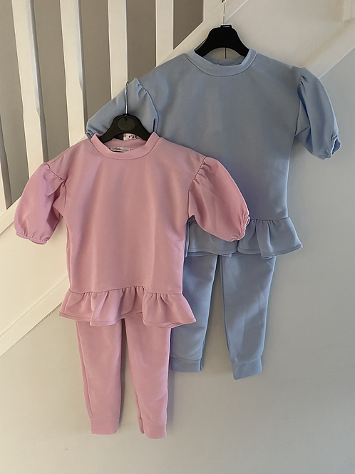 Girls puff shoulder lounge sets ages 4-14 Years