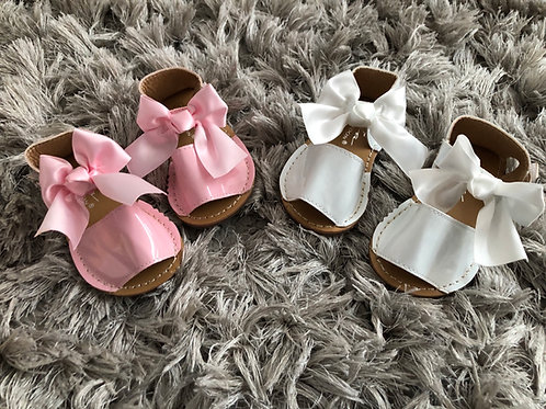 Tia spanish bow sandals size 3-10