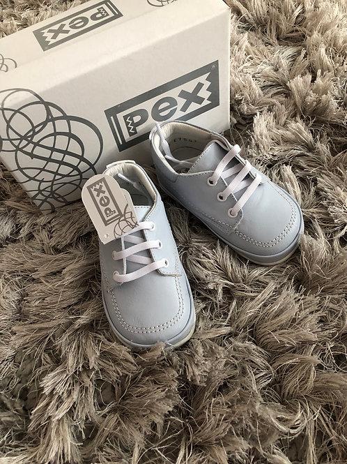 Pex Silas shoe size 3.5