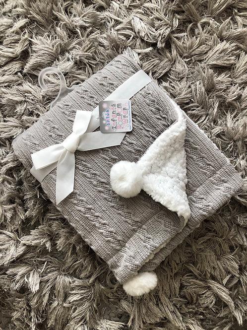 Soft touch grey Pom Pom blanket