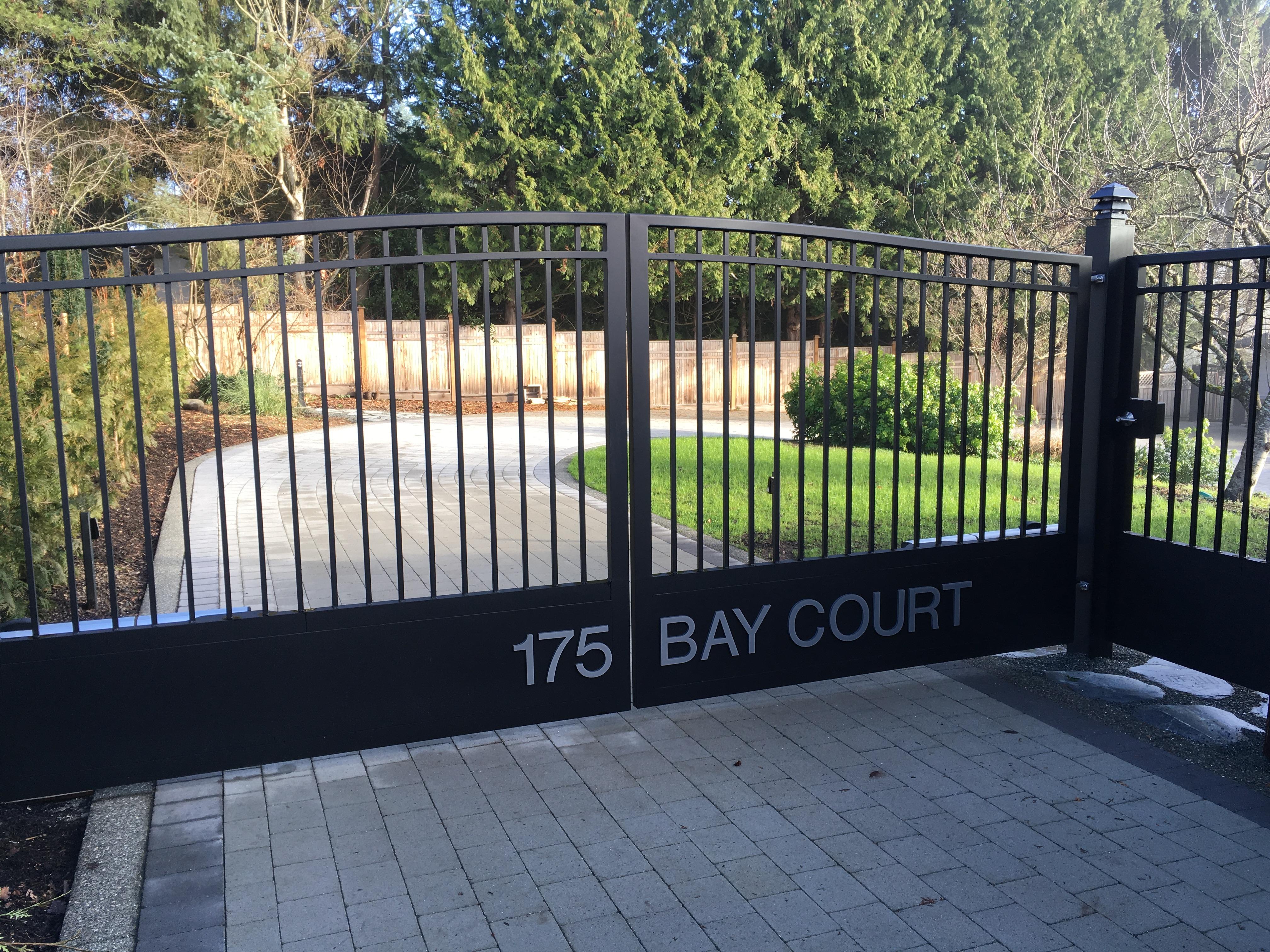 72.Bay Court
