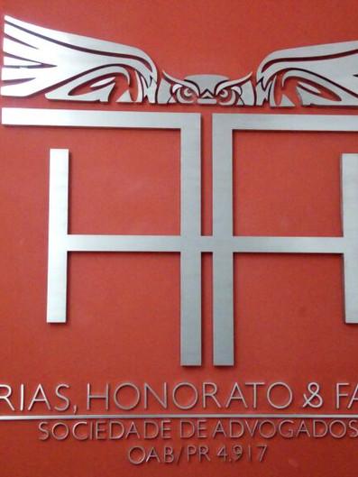 Farias, Honorato & Farias Fachada Acrílicos Curitiba