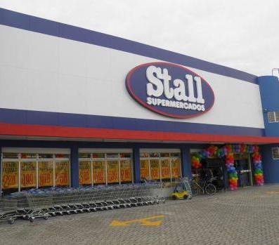 Stall Supermercados Fachada Acrílicos Curitiba
