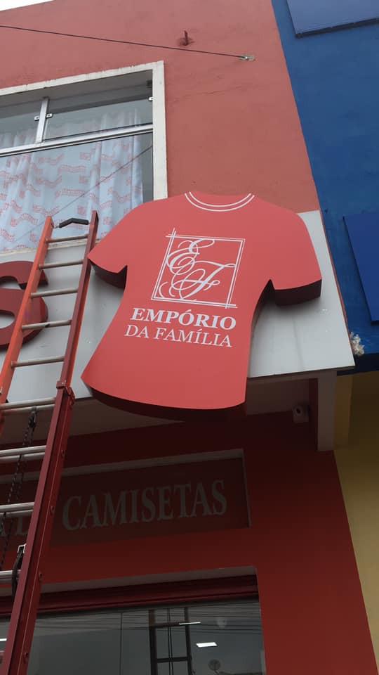 Empório da Família Fachada Acrílicos Curitiba
