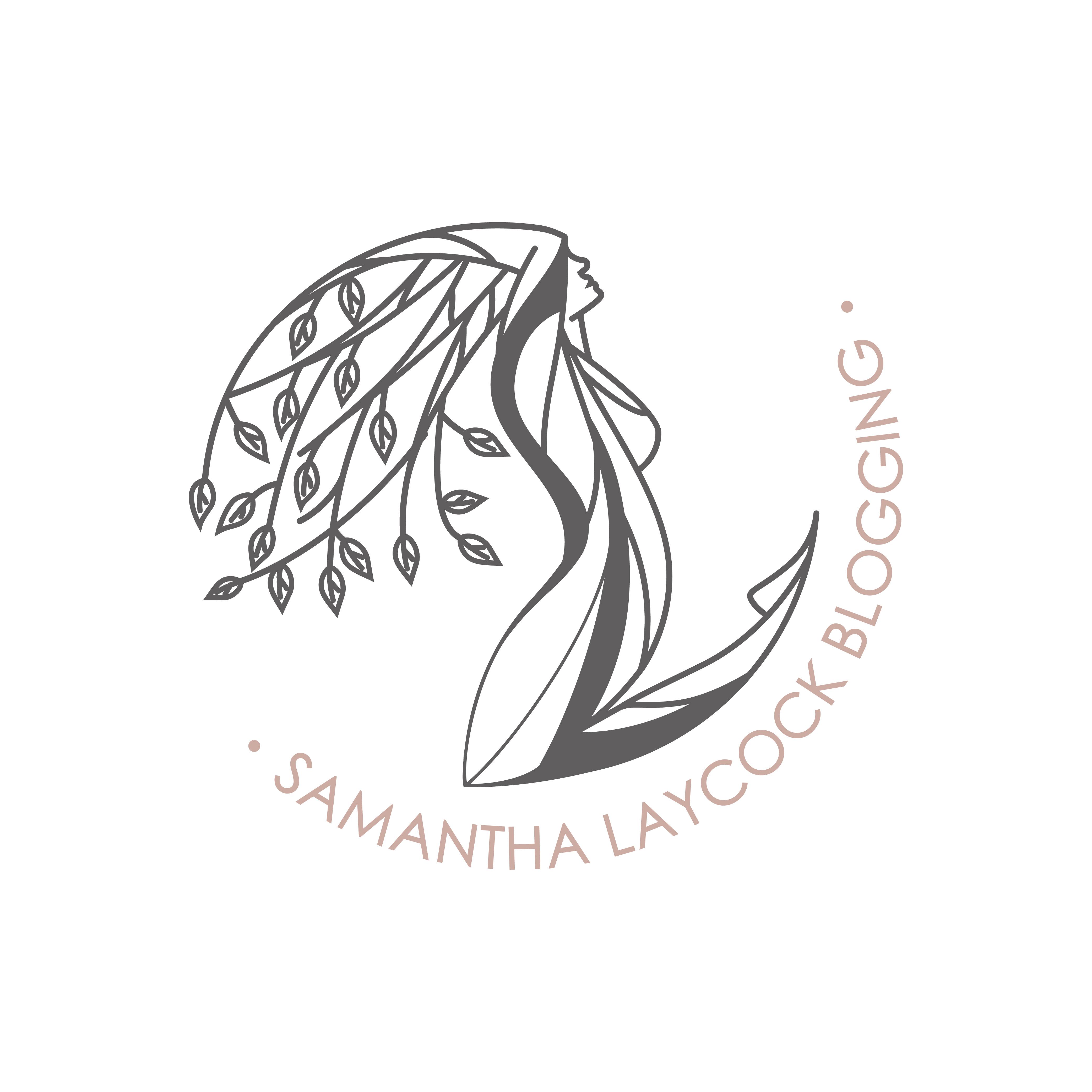 0391_Samantha Laycock blogging-01