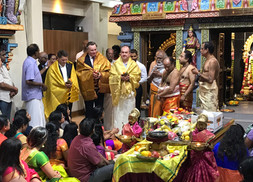 Paul Scully MP joins New Year Celebrations at Stoneleigh Amman Temple