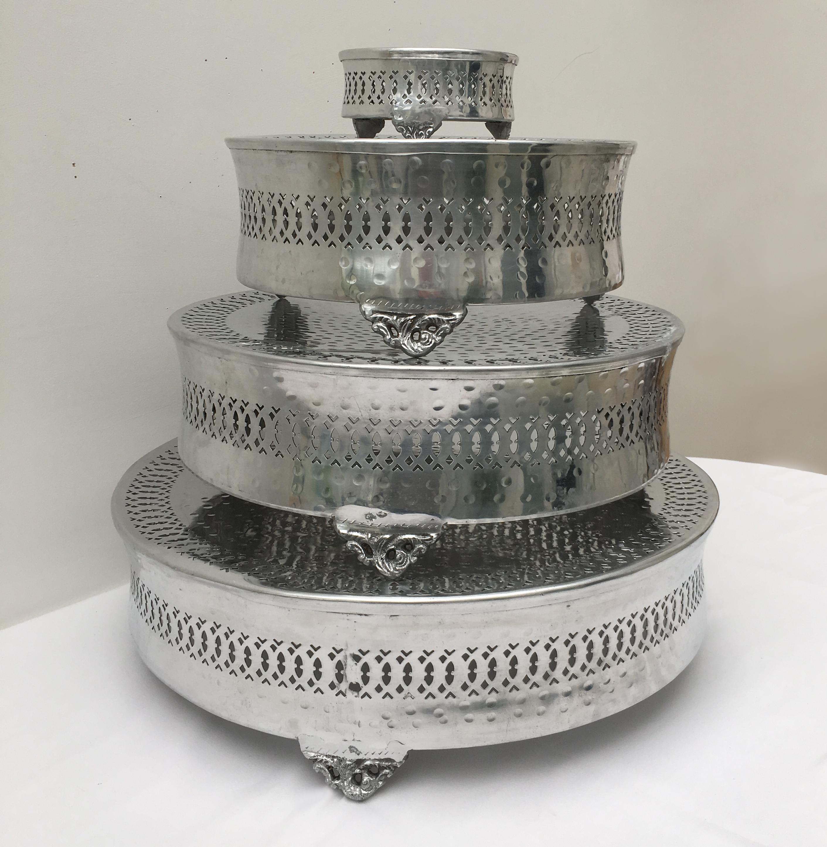 Modern Silver Cake Stands to hire