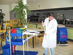 entreprise de nettoyage marseille paris equipe compétente