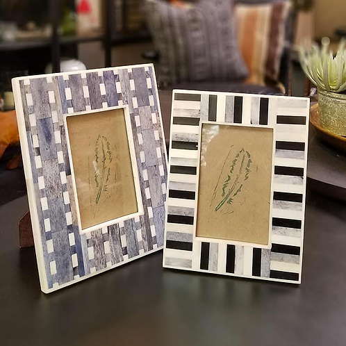 "Blue and White Picture Frames, 4""x6"""