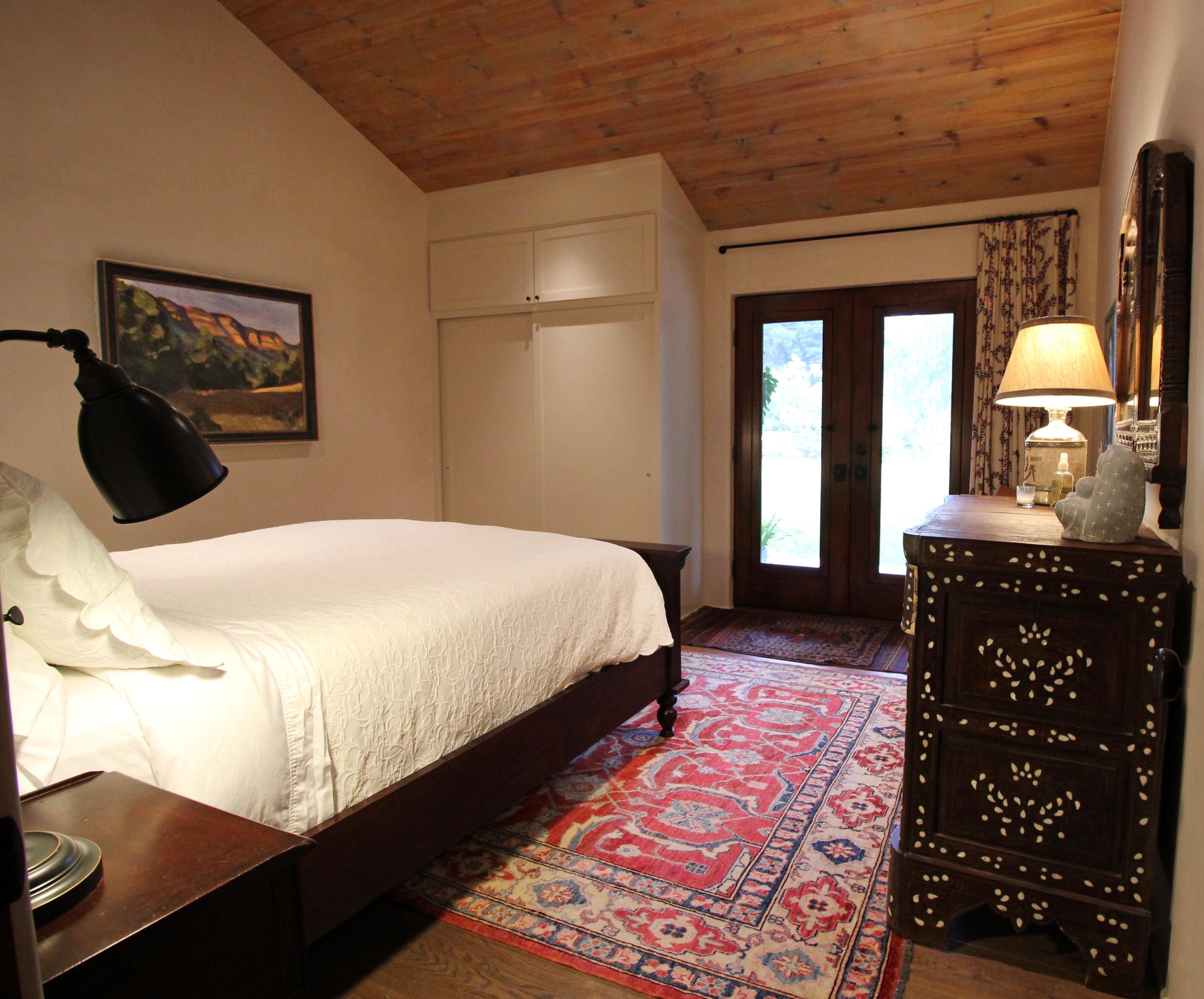 Guest Room II