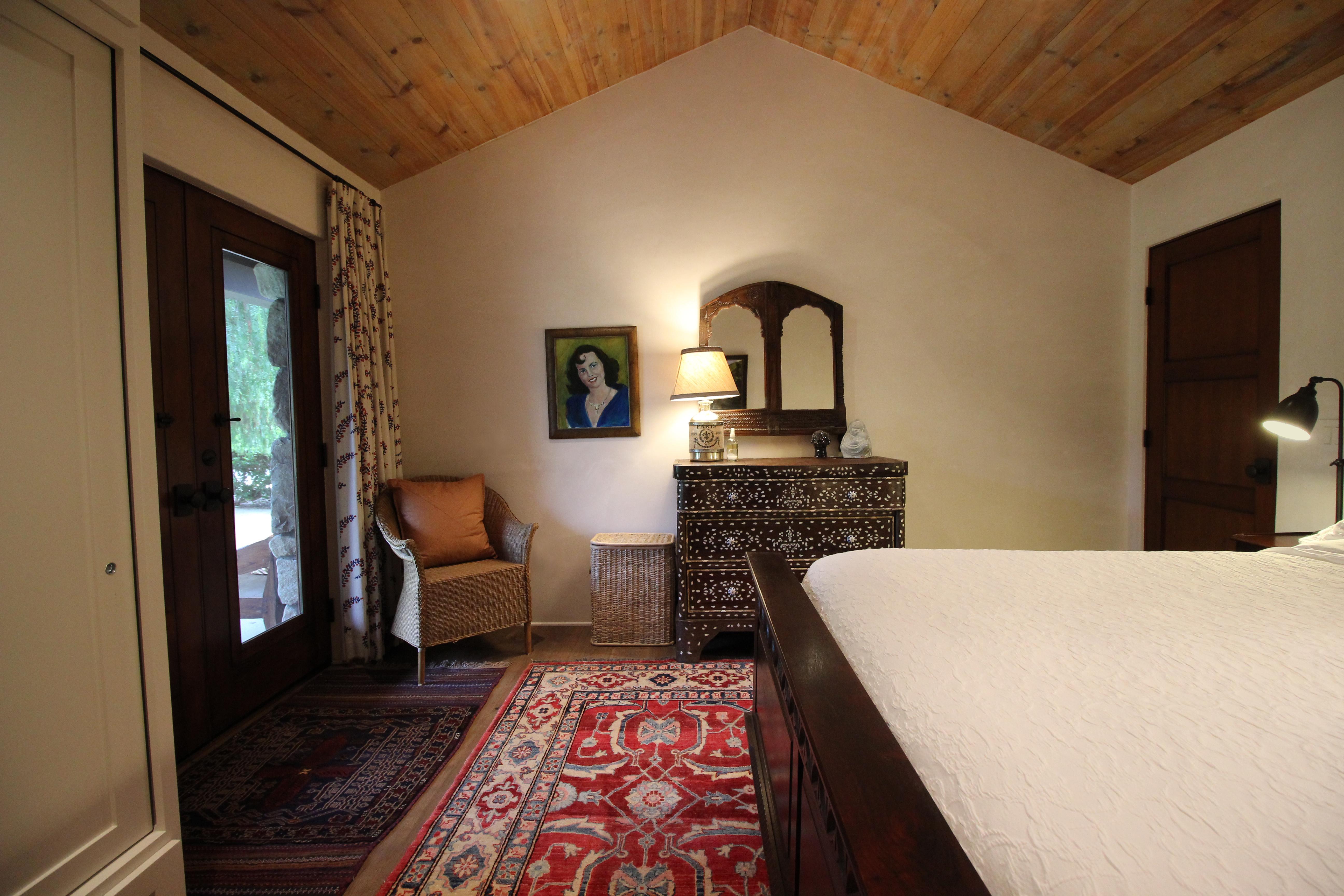 Guest Room III