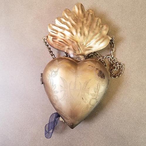 Sacred Heart Milagro Locket with Leaf Motif