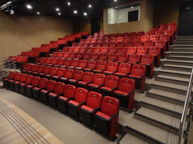 Poltronas para auditório