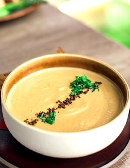 Cream of Onion & Garlic Soup (Dairy-free)