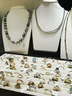 Vendre bijoux à Nîmes centre