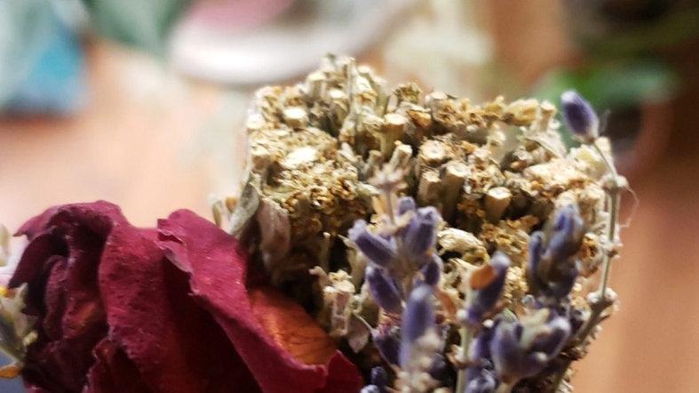 Mugwort Floral Bundle
