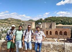 Day tour Alhambra - Travelers along - fr